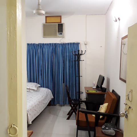 Cozy two room apartment at the centre of Dhaka.