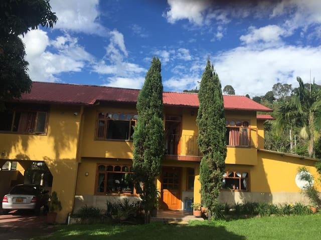Casa campestre, clima cafetero cerca a Bogota
