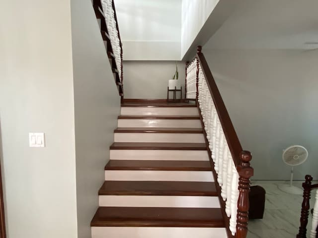 5 Bedroom Modern Home in Belize City