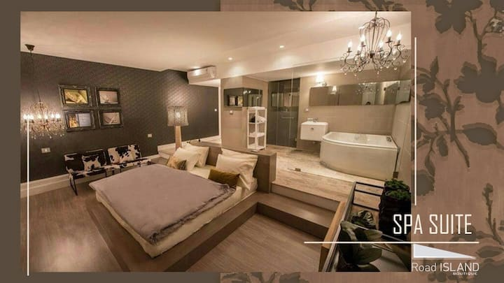 Spa suite with jacuzzi for 2 at four seasons halat