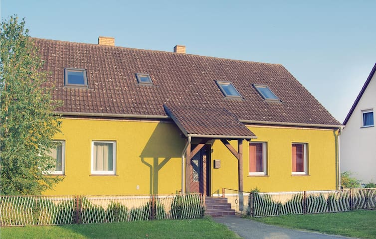 Holiday cottage with 5 bedrooms on 150m² in Neu Zauche/ Caminchen