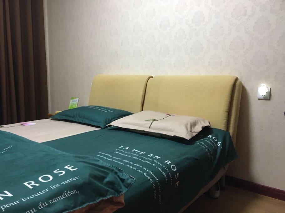1号卧室大床房