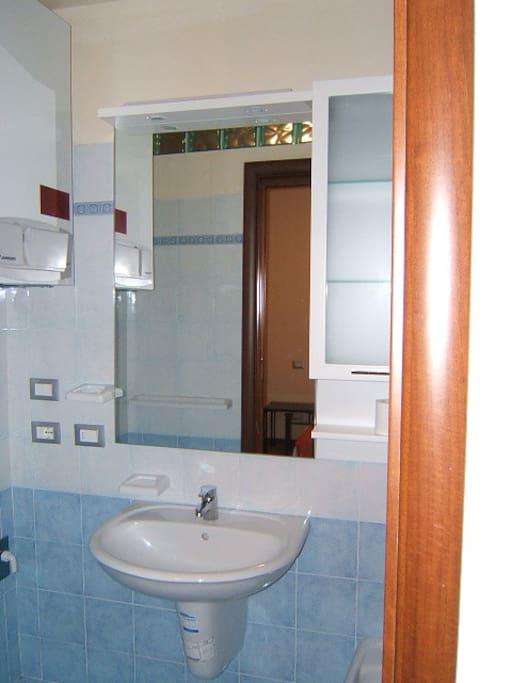 Bagno personale in camera, solo per gli ospiti (non condiviso)