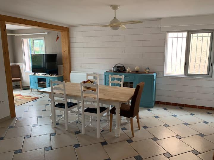 Maison familiale avec terrasse