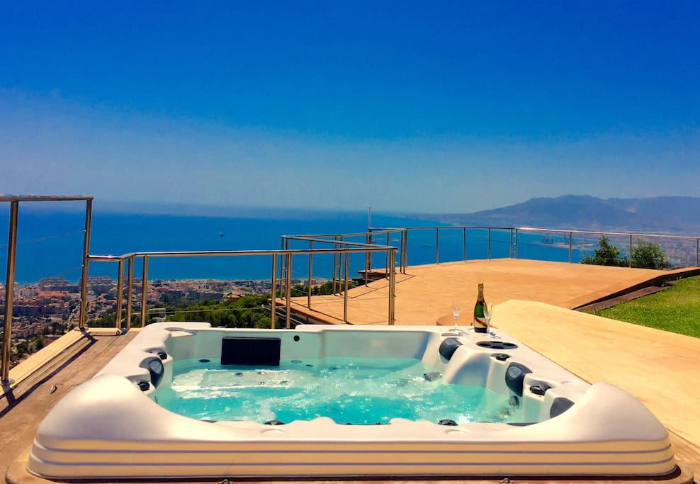 Lovely apartment & stunning views - Guesthouses for Rent ...