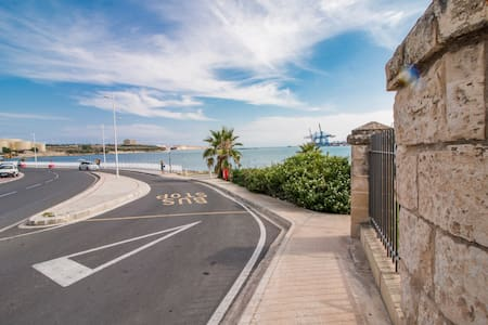 2 Bedroom Apartment with Side Sea Views
