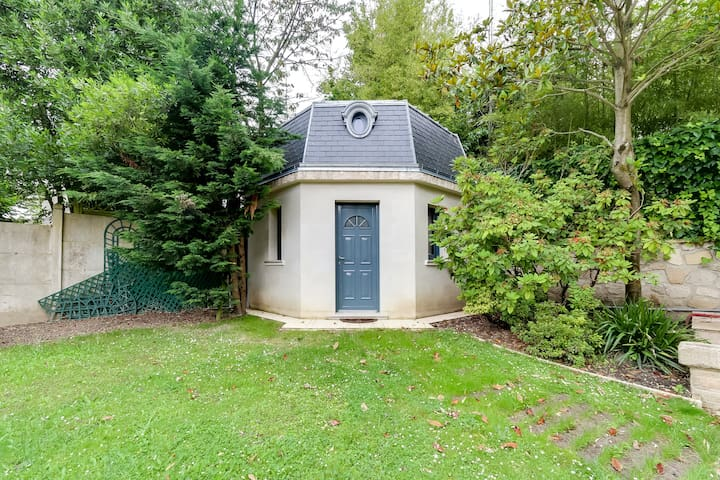 Brand new Charming small house near Parc de Sceaux