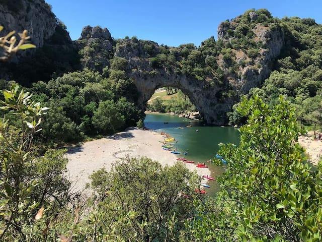 Gîte/Maison 2/6 pers Sud Ardèche avec Piscine
