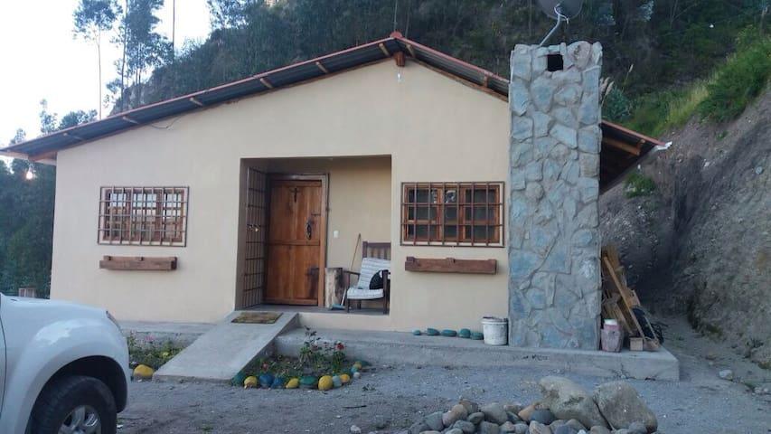 Hermosa villa para relax - Azogues - Talo