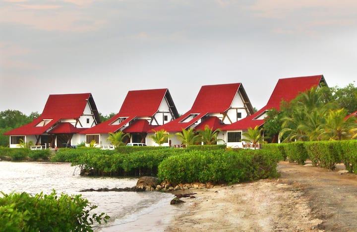 Hermosa Cabaña de Mar en Hotel Cispatá Marina