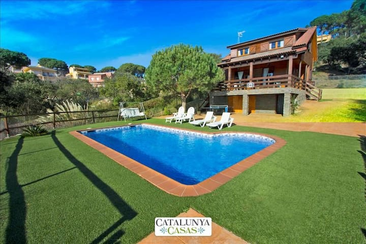 Pleasant villa for 6 in Tordera, Costa Brava, only 5km from the beach! - Costa Brava - Villa