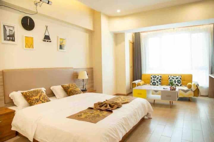爱琴海 高清观影 方床 北欧轻居 精装公寓