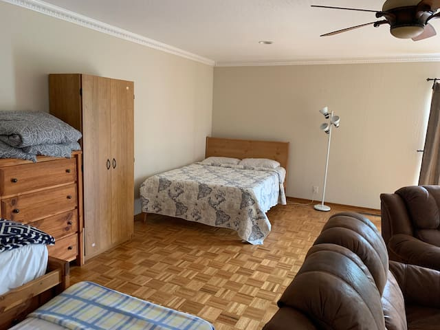 Huge private room and bath with separate entrance