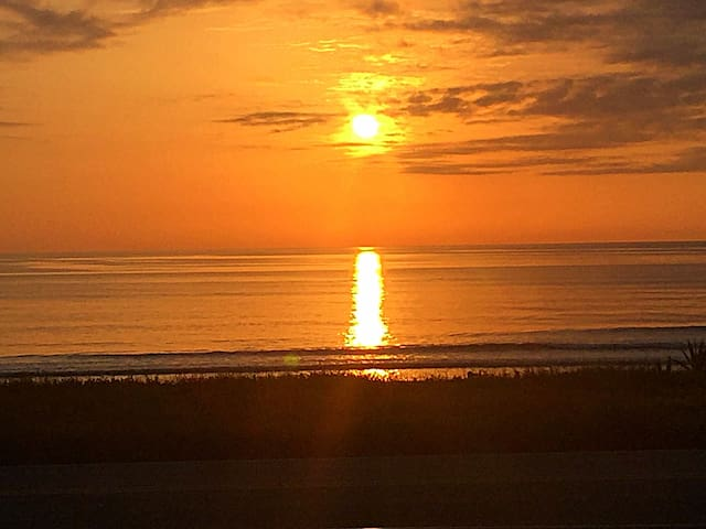 Ground Floor Ocean Get Away! - Ormond Beach - Condo