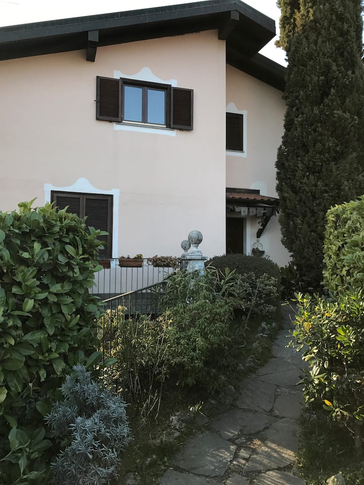 Villa Patrizia B&B tel. 3387571758