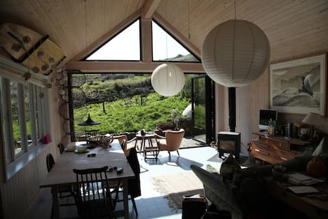 Secluded, luxury cottage nr Welcombe Mouth Beach