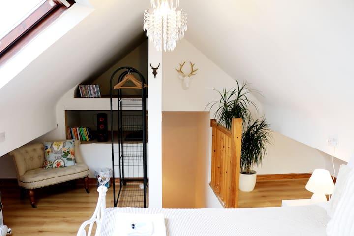 En-suite attic double bedroom