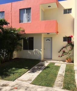 Casa entera en Bahía de Banderas - Valle Dorado - House - 0