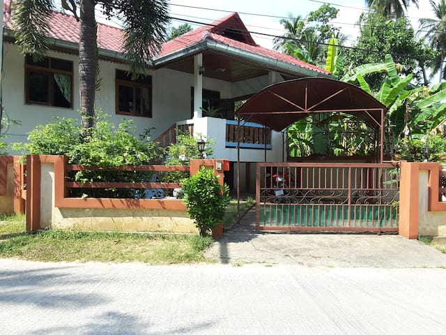Big and budget house Lipa Noi - Ko Samui - Casa