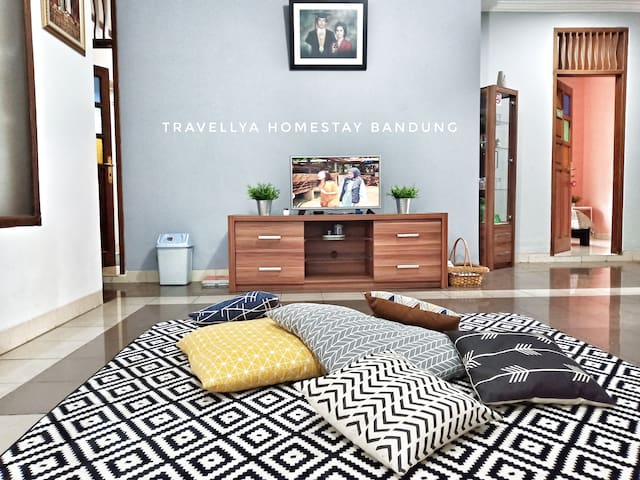 Travellya Homestay (FREE WIFI, 4BR)