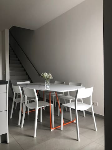 Dippoldiswalde moderne Wohnung, puristischer Stil