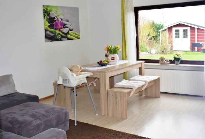 Ferienwohnung mit Terrasse  Bad Münder /Springe