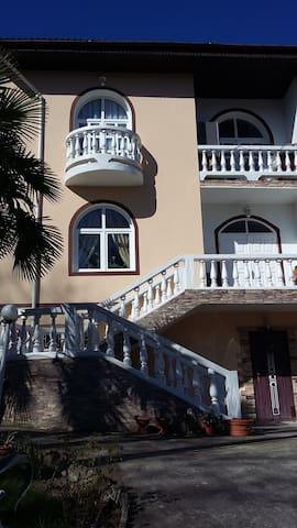Этаж в коттедже 100м^2 - Matsesta - Apartment