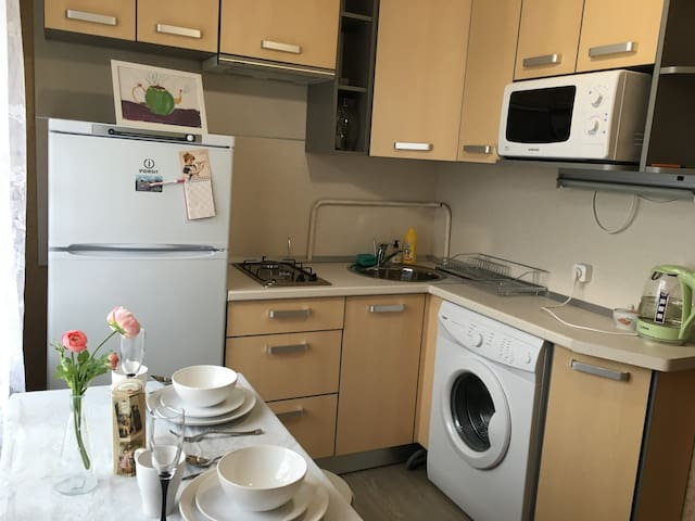 Уютная квартира у метро Ветеранов - Sankt-Peterburg - Byt
