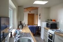kitchen/morning room