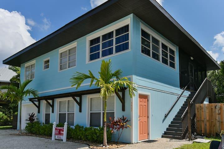5607 FLOTILLA DR  ISLAND HOUSE