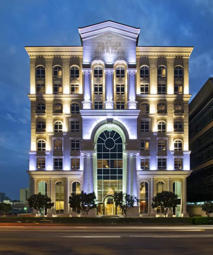 Warwick Doha -Superior King Room