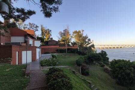 Única , exclusiva Casa de Río sobre el Paraná.