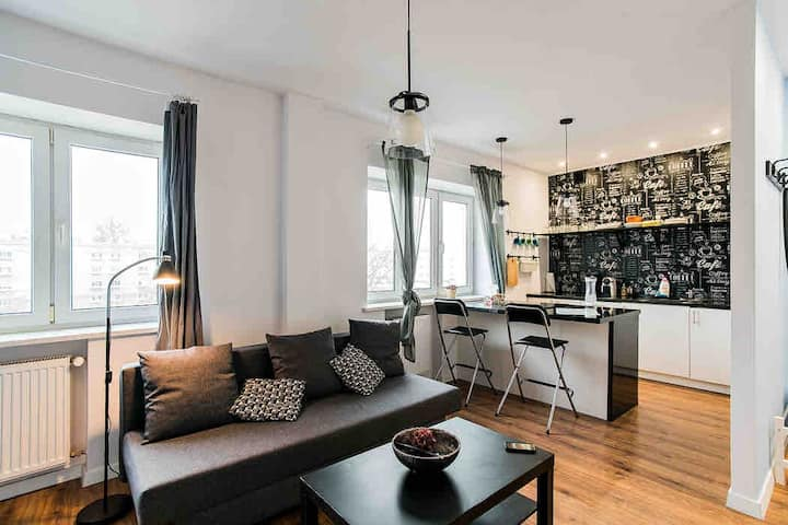 Apartment Centrum 3 stops from Central Station