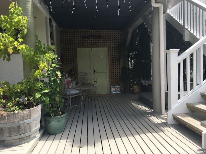 Private oasis close to Nelson town