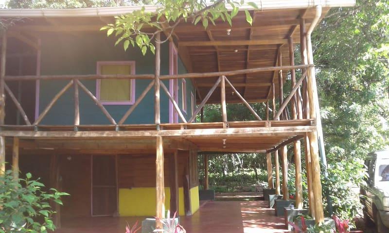 Casa vacacional cerca de Tamarindo y Avellanas
