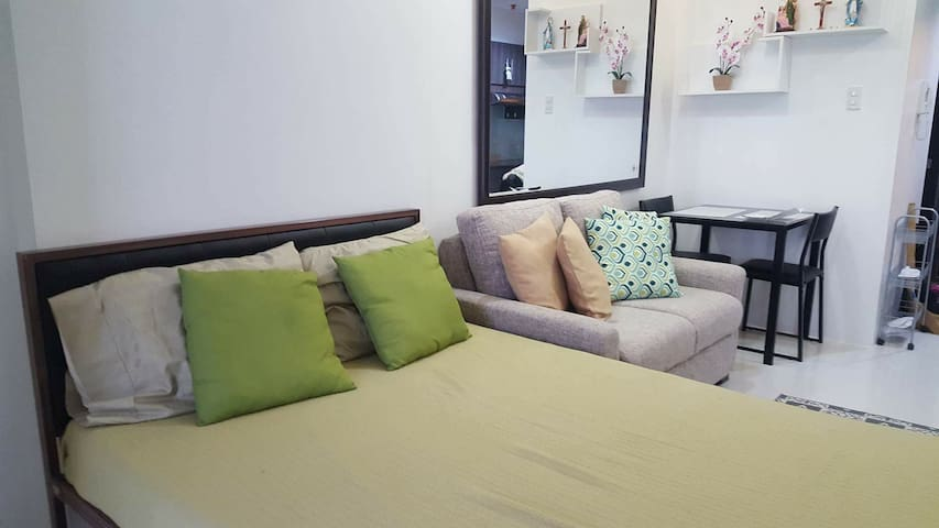 Cozy, Fully furnished Wil Tower, great amenities