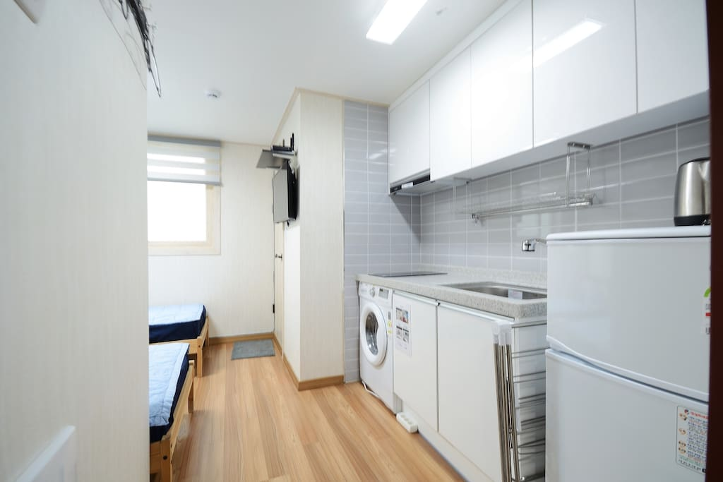 twin room, 2 single beds, mini kitchen