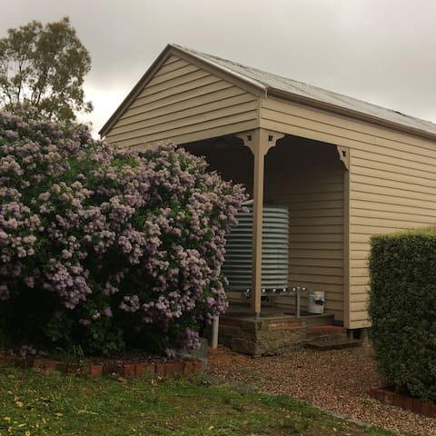 Garden Cottage, Hillside Acres - Harcourt North - Apartemen