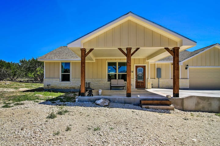 NEW! Beautiful Boerne Casita - 13 Mi to Downtown!