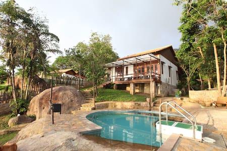 Chez Vu Phu Quoc traditional style house - tp. Phú Quốc - 別荘