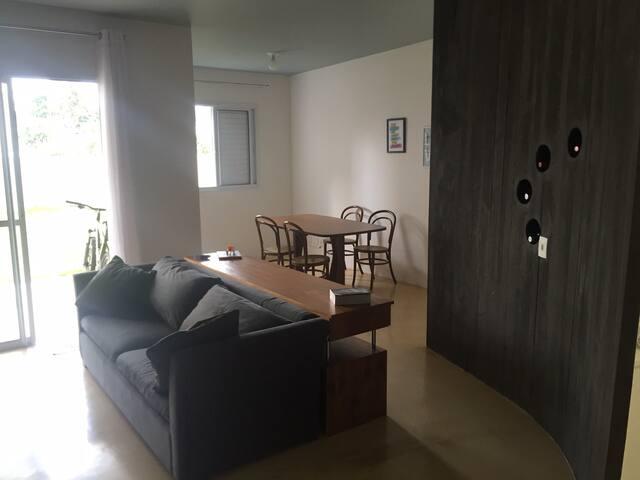 Apartamento grande com 2 quartos - São Paulo - Byt