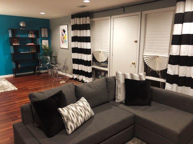 """Living Room with Sleeping Queen Sofa, 50"""" smart TV"""