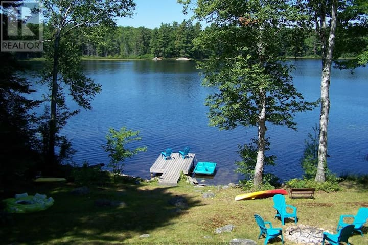 Peaceful Muskoka retreat on Heeney Lake - Baysville - Cabana