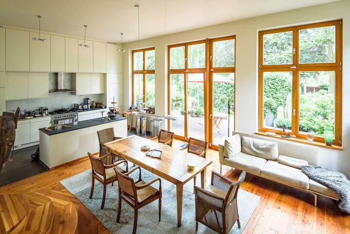 Traumhafte Villa im Grünen - 30 Minuten bis Mitte
