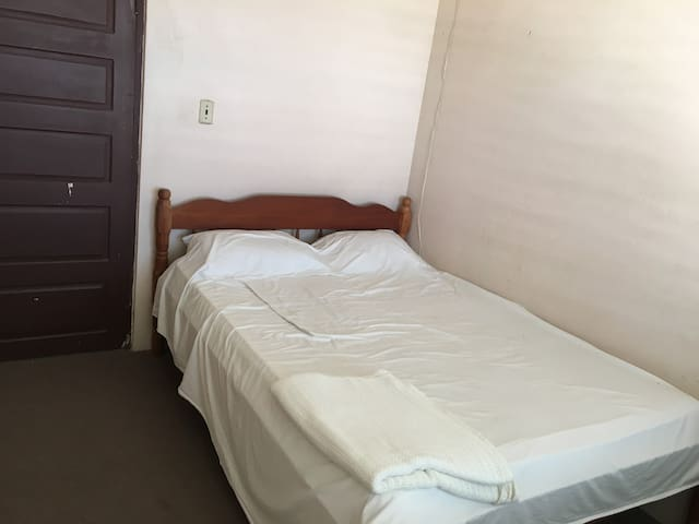 SHARES, 1 bedroom on Dolphin Drive, Belize City - Belize City - Dům