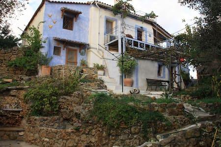 Lilly's House - Kalamata - Dům