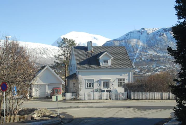 Villa 1924 Dachwohnung