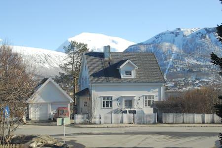 Villa 1924 loft - Tromsø