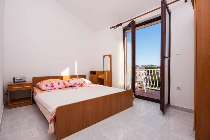 Apartments Jurić / One bedroom A1 - Brodarica