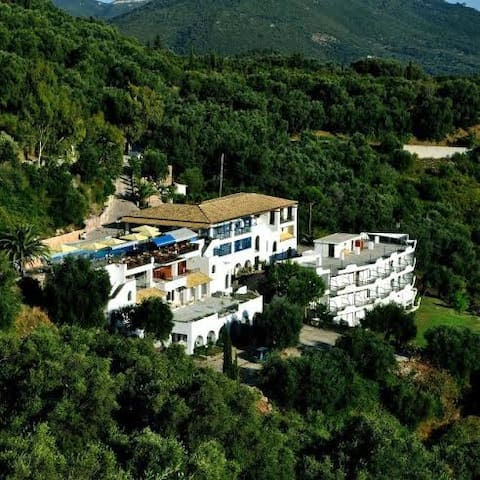 Arilla Beach Hotel - Arillas - Szoba reggelivel